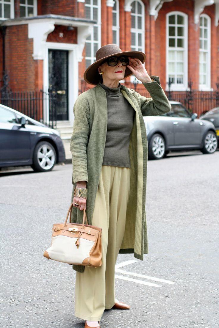 Мода для женщин элегантного возраста 2 фотография
