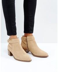 Emira beige suede ankle boots medium 5422869