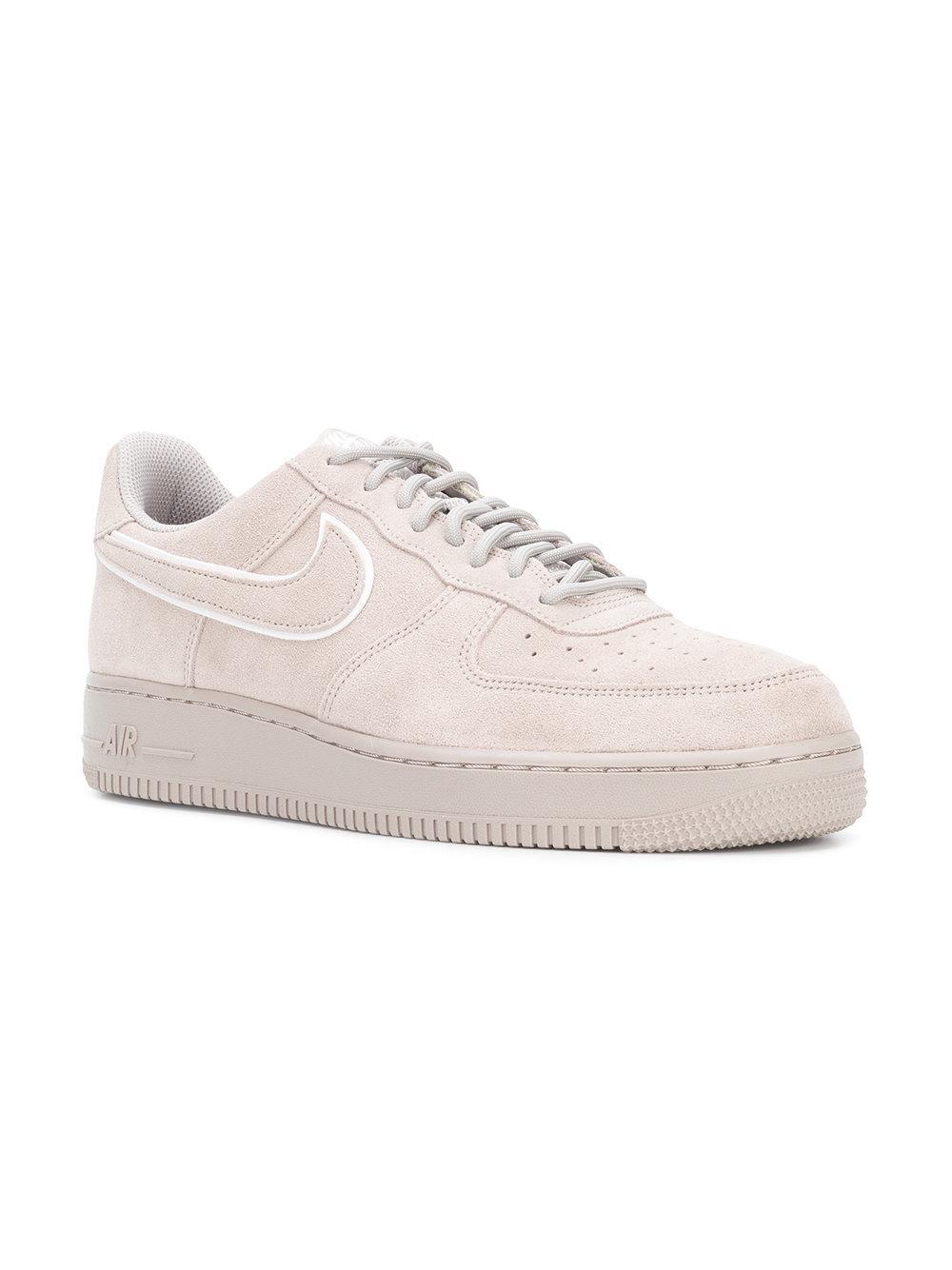Air Force 1 07 Lv8 Sneakers