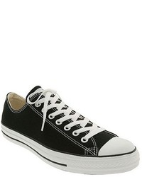 Chuck taylor low top sneaker medium 164022