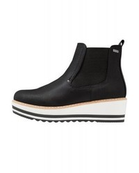 Platform boots black medium 4278637