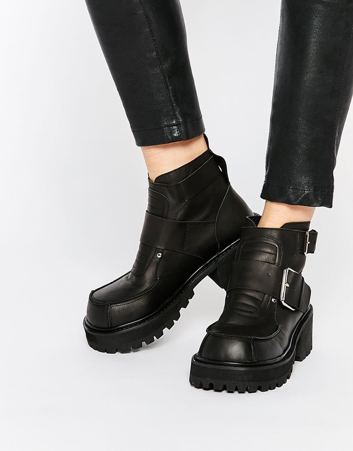 e2938ac6761d Women s Fashion › Shoes › Boots › Ankle Boots › Asos › Unif › Black Chunky  Leather Ankle Boots Unif Crank Buckle Cleat Ankle Boots ...