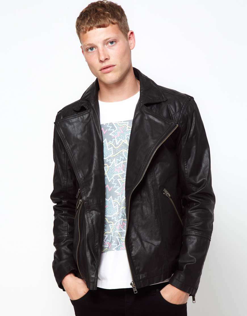Hey Kevin – I recommend you buy a leather jacket in person and wear what you plan to wear with it often to try it on. It's difficult to shop by pure measurements alone. If this isn't an option, I would suggest ordering online from a place with a great return policy and trying it on at home.