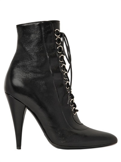 Ankle boot fetish