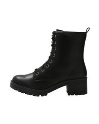 Steve Madden Eloise Lace Up Boots Black