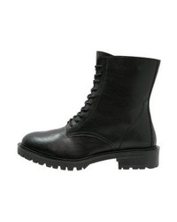 Even&Odd Lace Up Boots Black