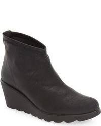 Baltic wedge bootie medium 784078