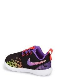 Nike Roshe Run Sneaker
