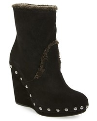 Infur genuine shearling wedge bootie medium 951496