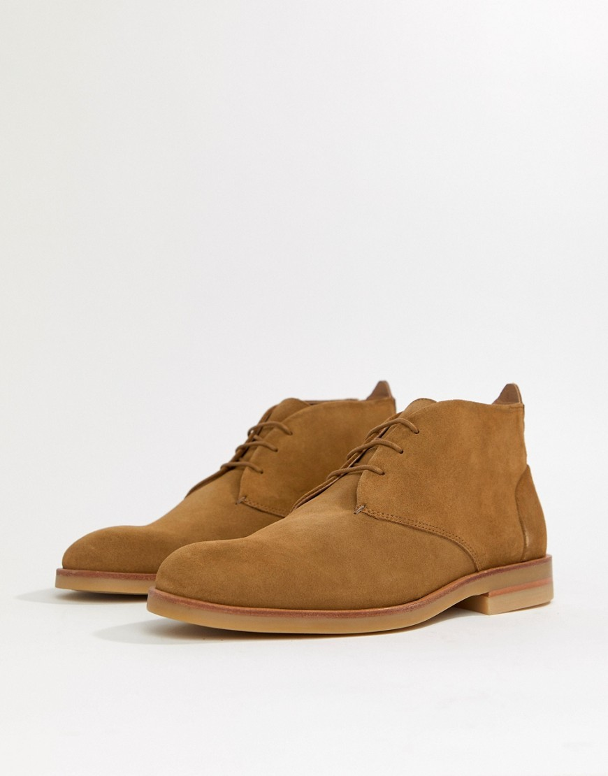 H By Hudson Bedlington Desert Boots In Camel Suede