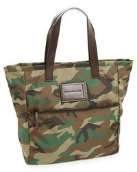 Take me homme camo tote medium 98906