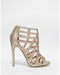 0c9bee49d3e Women's Gold Sandals by Steve Madden   Women's Fashion   Lookastic UK