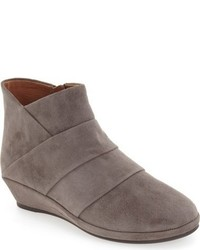 Nori wedge bootie medium 792895