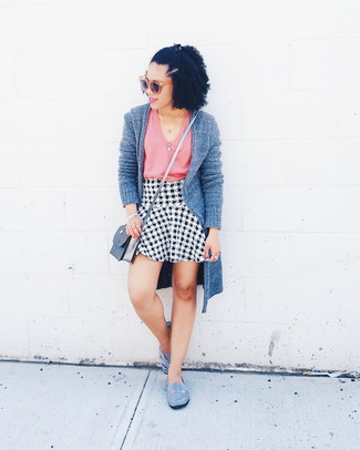 How to wear: grey suede ballerina shoes, white and black houndstooth a-line skirt, pink tank, grey open cardigan