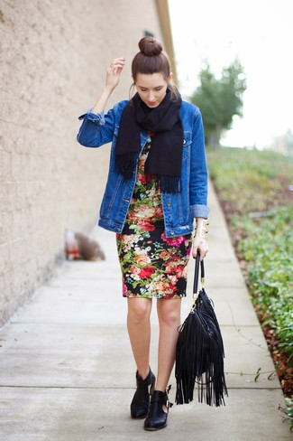 How to wear: black fringe leather tote bag, black cutout leather ankle boots, black floral bodycon dress, blue denim jacket