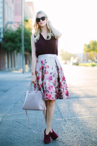 How to wear: grey leather tote bag, burgundy suede ankle boots, grey floral full skirt, dark purple silk sleeveless top