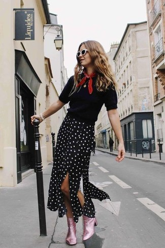 How to wear: red bandana, pink leather ankle boots, black and white polka dot midi skirt, black short sleeve sweater