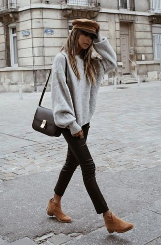 How to wear: dark brown leather crossbody bag, tan suede ankle boots, black leather skinny pants, grey oversized sweater