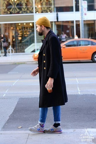 How to Wear a Tan Beanie For Men: A navy overcoat and a tan beanie are a great ensemble to have in your casual styling repertoire. To bring a dash of stylish nonchalance to this look, complement your outfit with a pair of grey athletic shoes. Perfect for a 30-something if you want to project a more relaxed spirit.