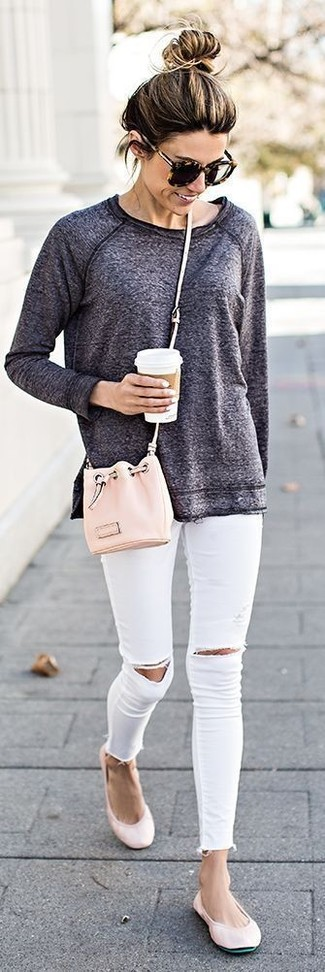 How to wear: pink leather bucket bag, pink leather ballerina shoes, white ripped skinny jeans, charcoal sweatshirt