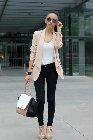 Beige blazer white crew neck t shirt black jeans large 883
