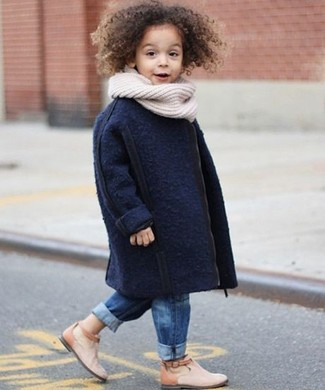 How to Wear a White Scarf For Girls: Your darling will look extra adorable in a navy coat and a white scarf. Beige boots are a good choice to finish off this look.