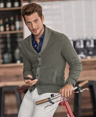 How to wear: beige chinos, navy long sleeve shirt, olive shawl cardigan