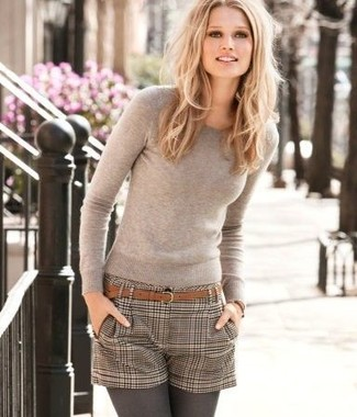 How to wear: beige crew-neck sweater, brown check wool shorts, brown suede belt, charcoal wool tights