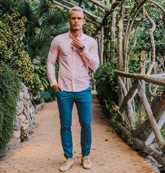 How to wear: blue watch, beige leather derby shoes, blue chinos, pink dress shirt