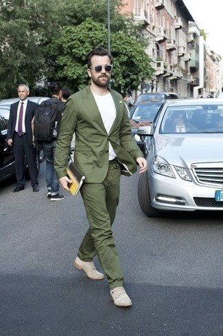 How to Wear a White Crew-neck T-shirt For Men: Wear a white crew-neck t-shirt and an olive suit for a dapper look. Let's make a bit more effort now and complete this outfit with beige suede double monks.