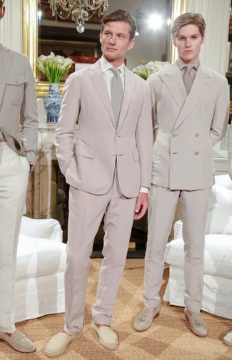 How to wear: beige tie, beige canvas espadrilles, white dress shirt, pink suit