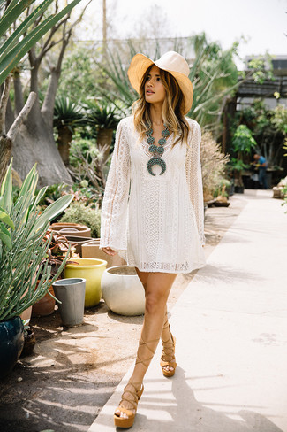 How to Wear a Beige Straw Hat For Women: This combo of a white lace swing dress and a beige straw hat is a safe and very stylish bet. If you want to feel a bit dressier now, make tan chunky leather heeled sandals your footwear choice.