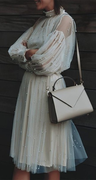 How to wear: beige leather crossbody bag, beige tulle midi dress