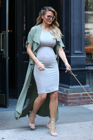 How to wear: beige leather heeled sandals, grey bodycon dress, olive duster coat