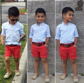 How to wear: beige loafers, red shorts, light blue long sleeve shirt