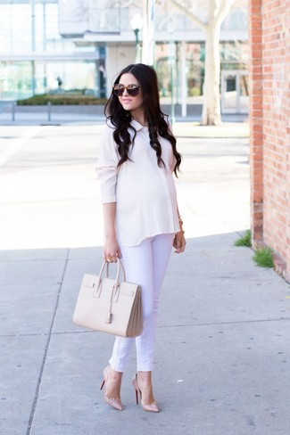 How to wear: beige leather tote bag, beige leather pumps, white jeans, white silk dress shirt