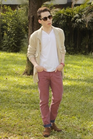 How to wear: beige shawl cardigan, white henley shirt, red jeans, brown suede driving shoes