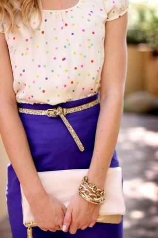 Beige short sleeve blouse blue pencil skirt pink clutch large 889