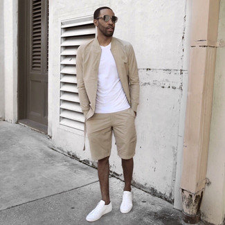 How to wear: white low top sneakers, beige shorts, white crew-neck t-shirt, beige bomber jacket