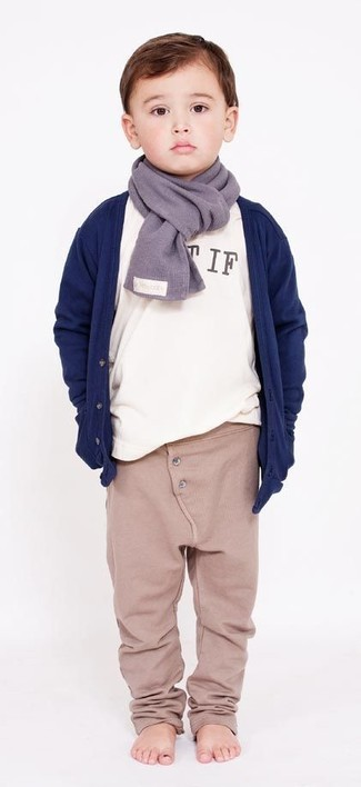 How to wear: grey scarf, beige sweatpants, white long sleeve t-shirt, navy cardigan