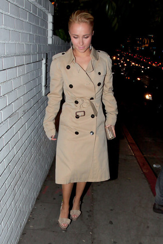 Women's Beige Trenchcoat, Beige Leather Heeled Sandals, Gold Clutch, Silver Earrings