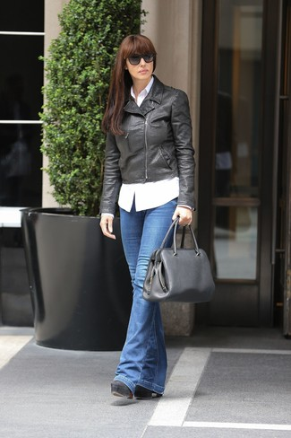 Team a black leather biker jacket with a bag for a casual-cool vibe. Lift up your ensemble with black chunky leather pumps. With the departure of winter comes spring and the need for a #{cool} outfit just like this one.