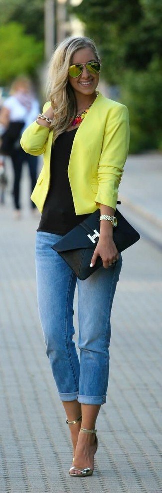 Consider wearing a yellow biker jacket and yellow sunglasses for a casual get-up. Polish off the ensemble with gold leather heeled sandals. We promise this look is the perfect antidote to gloomy fall afternoons.
