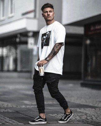 How to Wear Black Cargo Pants: A white and black print crew-neck t-shirt and black cargo pants are a perfect combo to be utilised on off-duty days. Black and white canvas low top sneakers will immediately polish off even your most comfortable clothes.