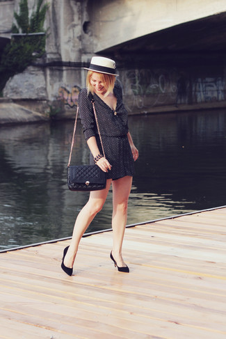 A look like this is just what you need to get in the mood for this summer fashion season.
