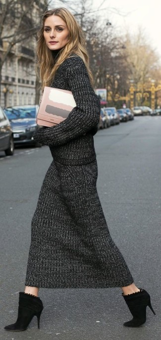How to wear: pink leather clutch, black suede ankle boots, charcoal knit midi skirt, charcoal knit turtleneck