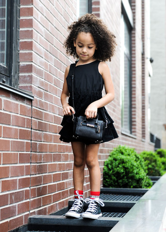 How to wear: red socks, black bag, black sneakers, black dress