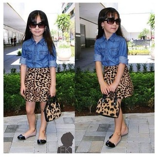 How to wear: black ballet flats, brown leopard skirt, blue denim long sleeve shirt