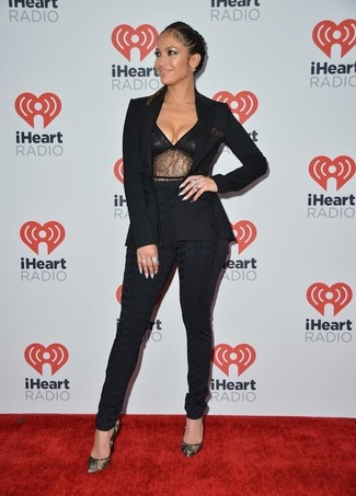 Jennifer Lopez wearing Black Blazer, Black Lace Tank, Black Skinny Pants, Black Lace Pumps