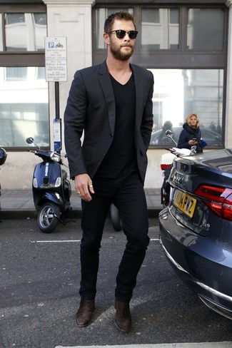 How to Wear Dark Brown Suede Chelsea Boots For Men: So as you can see, it doesn't take that much effort for a man to look seriously stylish. Opt for a black blazer and black chinos and you'll look incredibly stylish. If you wish to effortlesslly bump up your getup with one single item, add a pair of dark brown suede chelsea boots to your outfit.
